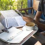 Zit je thuis Laat je inspireren door de digital nomad